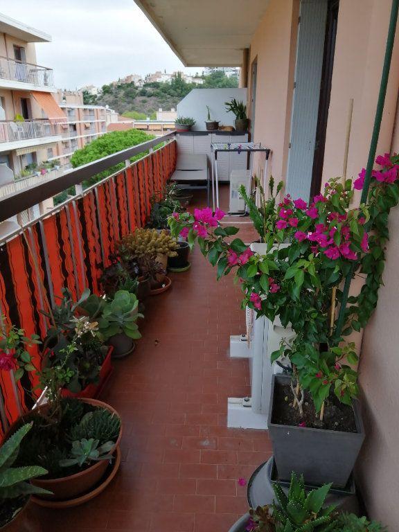 Appartement à vendre 5 83.03m2 à Saint-Raphaël vignette-14