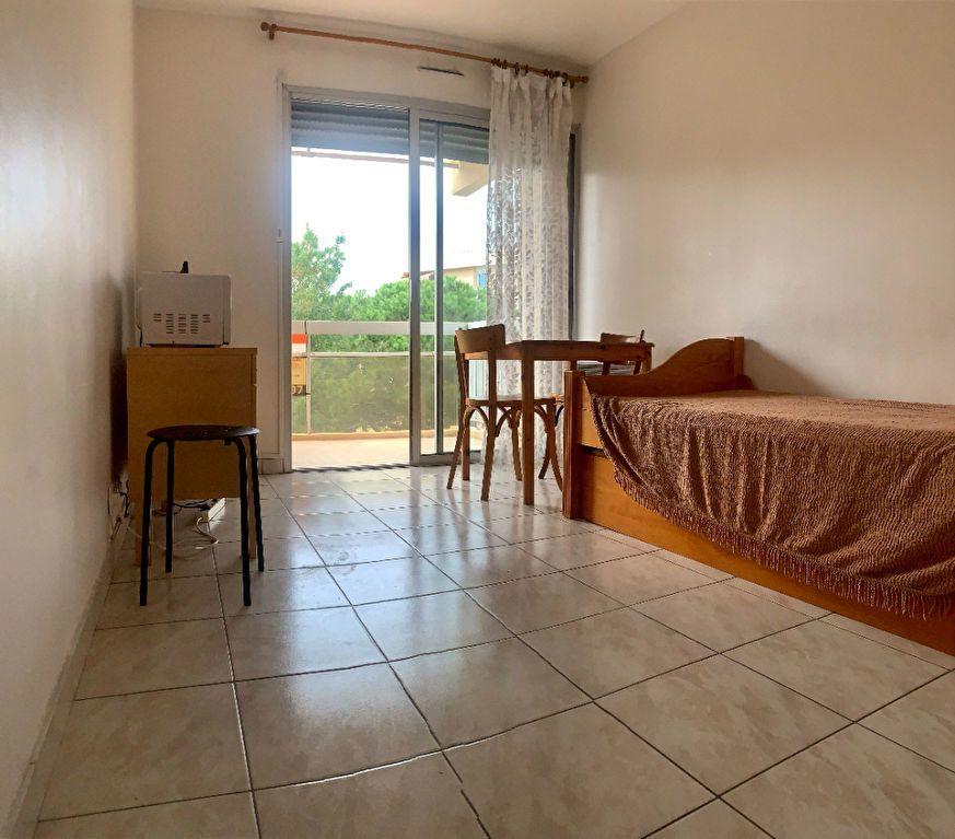 Appartement à vendre 2 21m2 à Fréjus vignette-3