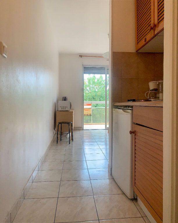 Appartement à vendre 2 21m2 à Fréjus vignette-4