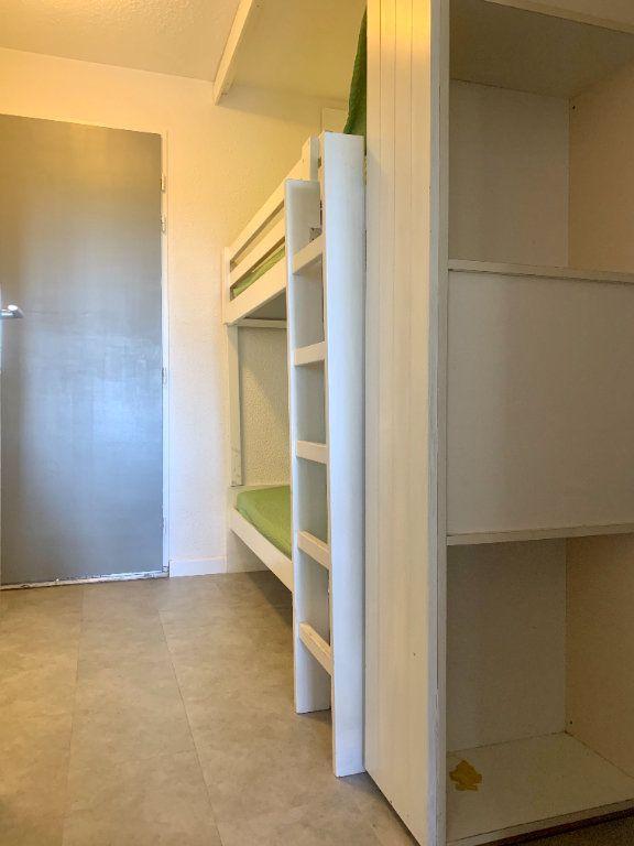 Appartement à vendre 1 25m2 à Saint-Raphaël vignette-5