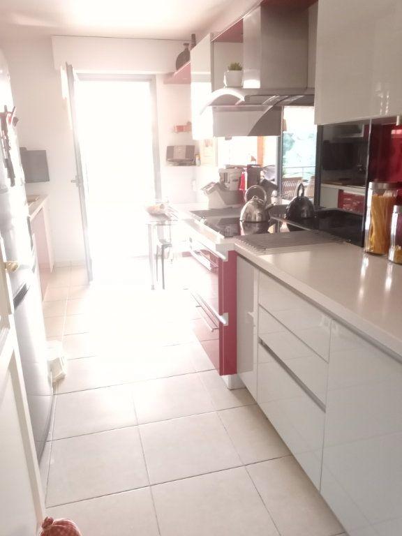 Appartement à vendre 4 105.5m2 à Saint-Raphaël vignette-6
