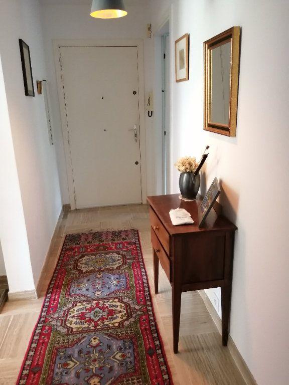 Appartement à vendre 2 78.5m2 à Saint-Raphaël vignette-6
