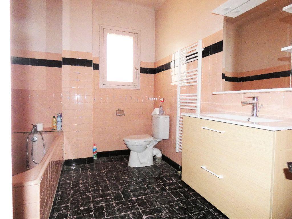 Maison à vendre 7 148m2 à Fréjus vignette-5