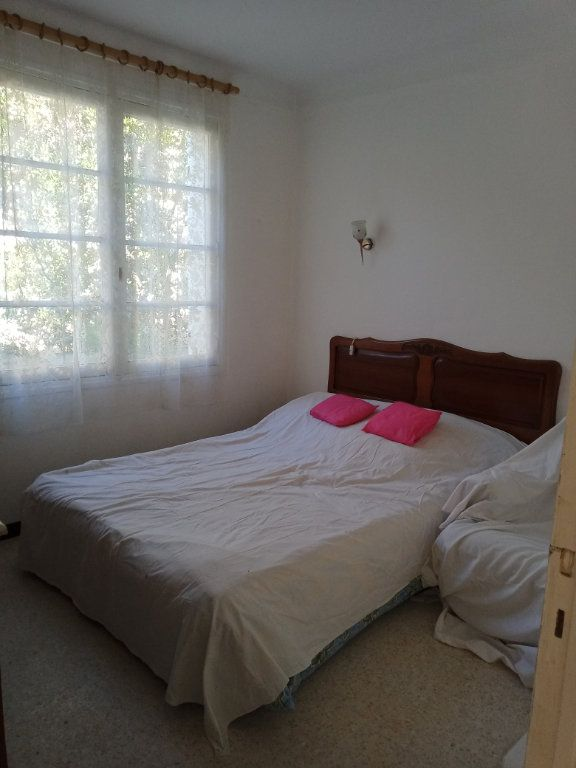 Appartement à vendre 3 68m2 à Saint-Raphaël vignette-6