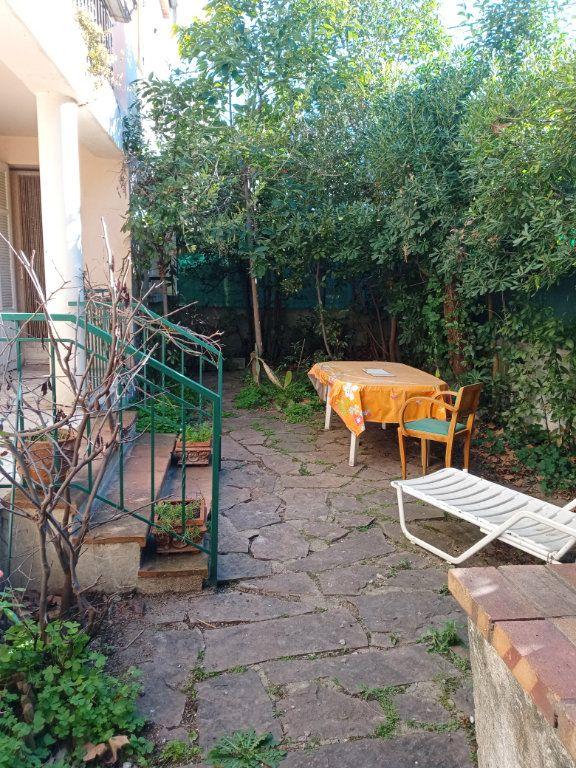 Appartement à vendre 3 68m2 à Saint-Raphaël vignette-7