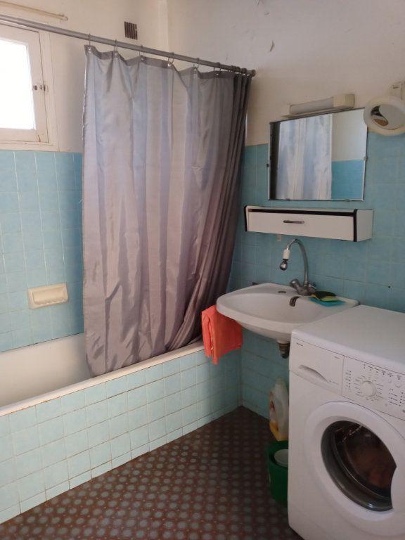 Appartement à vendre 3 68m2 à Saint-Raphaël vignette-9