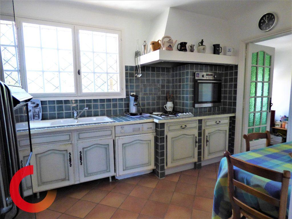 Maison à vendre 9 190m2 à Fréjus vignette-5