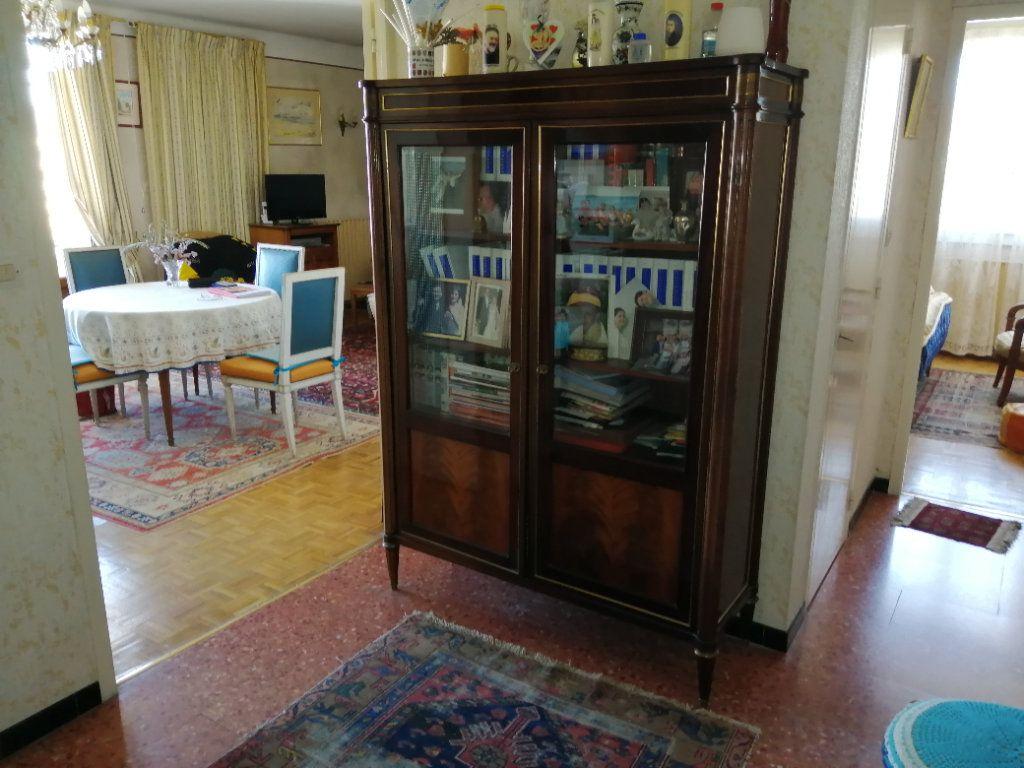 Appartement à vendre 3 74.67m2 à Saint-Raphaël vignette-1