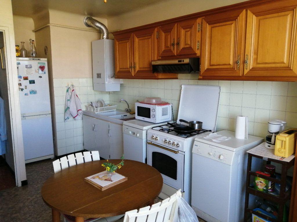 Appartement à vendre 3 74.67m2 à Saint-Raphaël vignette-5