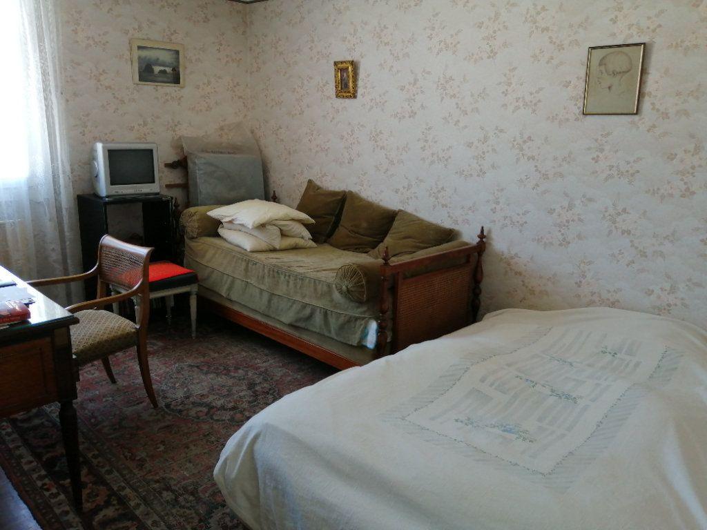 Appartement à vendre 3 74.67m2 à Saint-Raphaël vignette-8