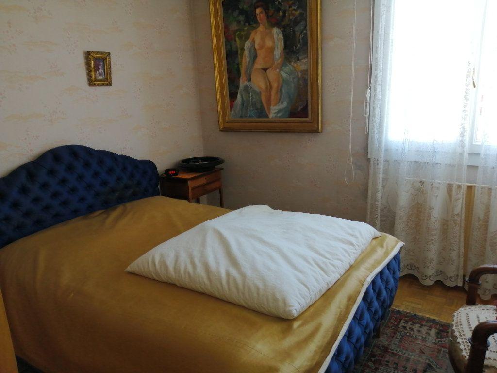 Appartement à vendre 3 74.67m2 à Saint-Raphaël vignette-10