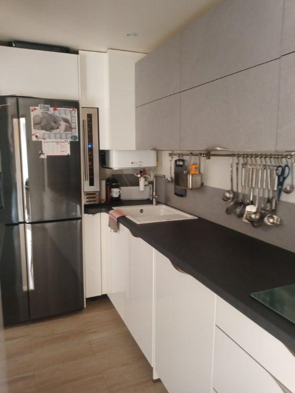 Appartement à vendre 3 73.45m2 à Saint-Raphaël vignette-13