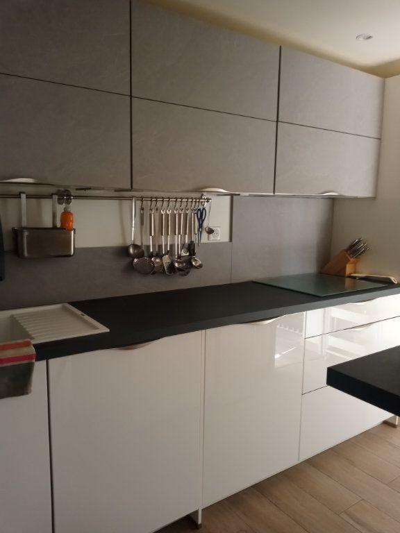 Appartement à vendre 3 73.45m2 à Saint-Raphaël vignette-14