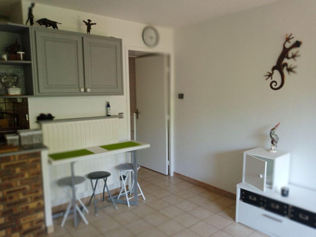 Appartement à vendre 2 24.579m2 à Saint-Raphaël vignette-2