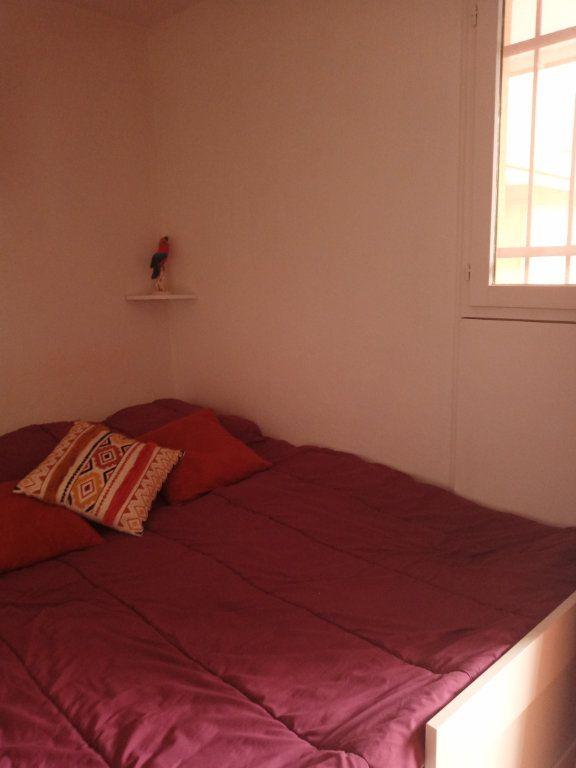 Appartement à vendre 2 24.579m2 à Saint-Raphaël vignette-8