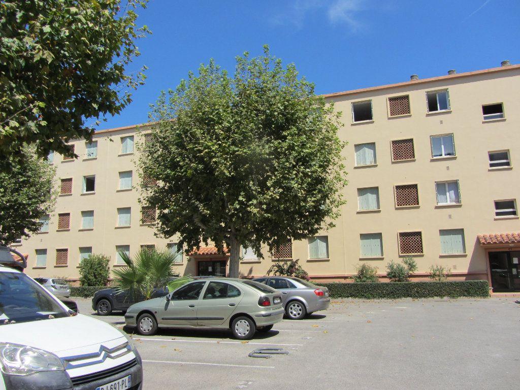 Appartement à vendre 2 51.47m2 à Saint-Raphaël vignette-1