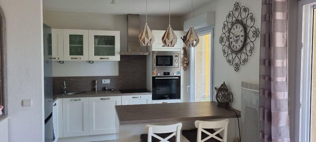 Appartement à vendre 2 50.08m2 à Saint-Raphaël vignette-5