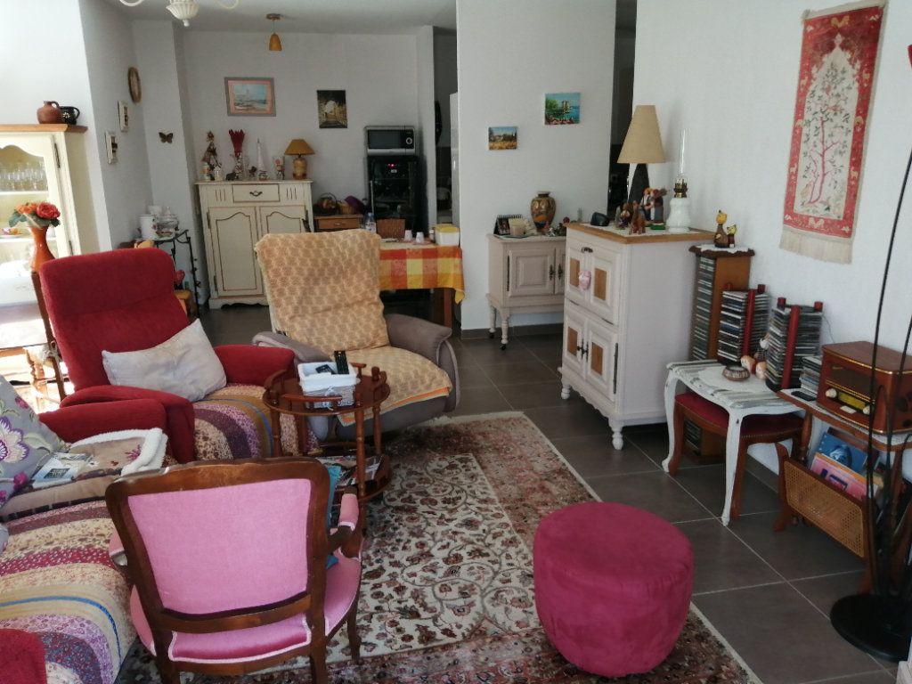 Appartement à vendre 4 94.98m2 à Saint-Raphaël vignette-7