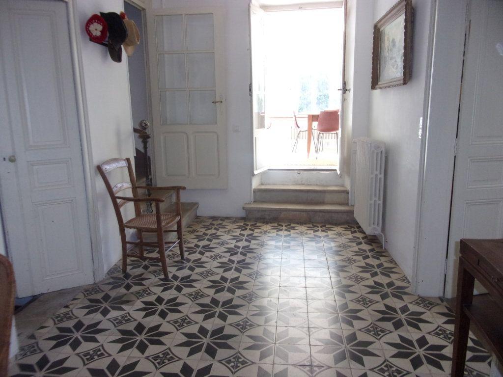 Maison à vendre 10 255m2 à Clermont-l'Hérault vignette-4