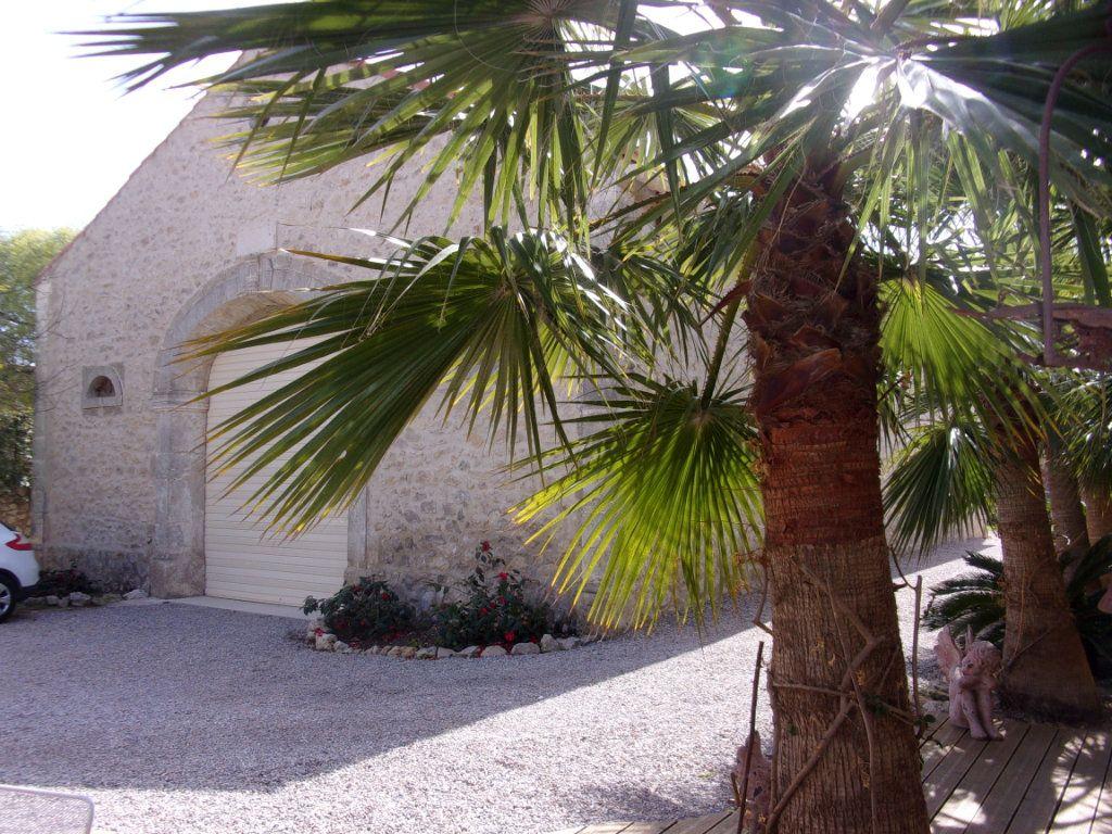 Maison à vendre 6 253m2 à Clermont-l'Hérault vignette-2