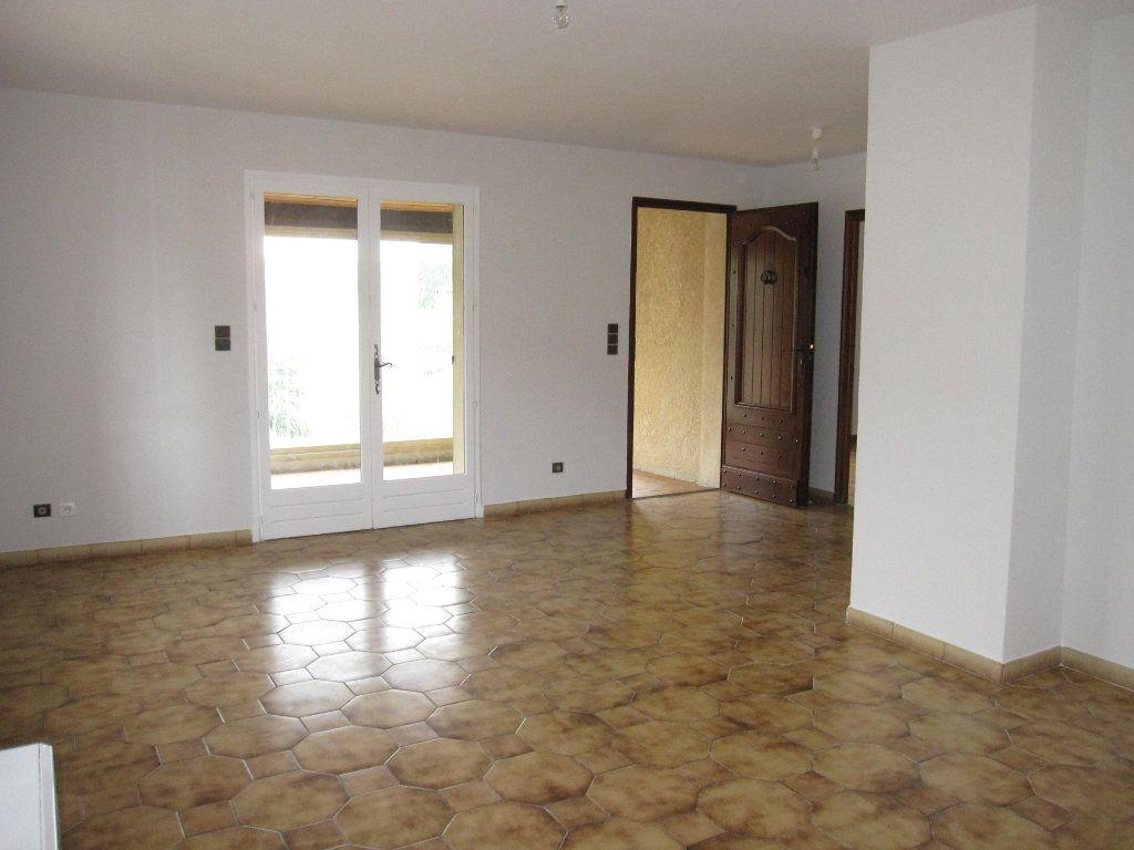 Appartement à louer 4 78m2 à Les Mées vignette-2