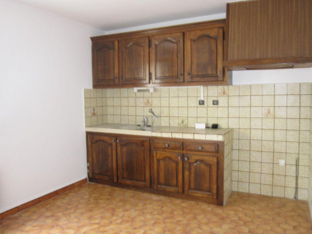 Appartement à louer 4 78m2 à Les Mées vignette-3