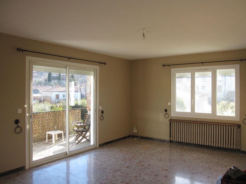 Appartement à louer 5 107m2 à Les Mées vignette-2