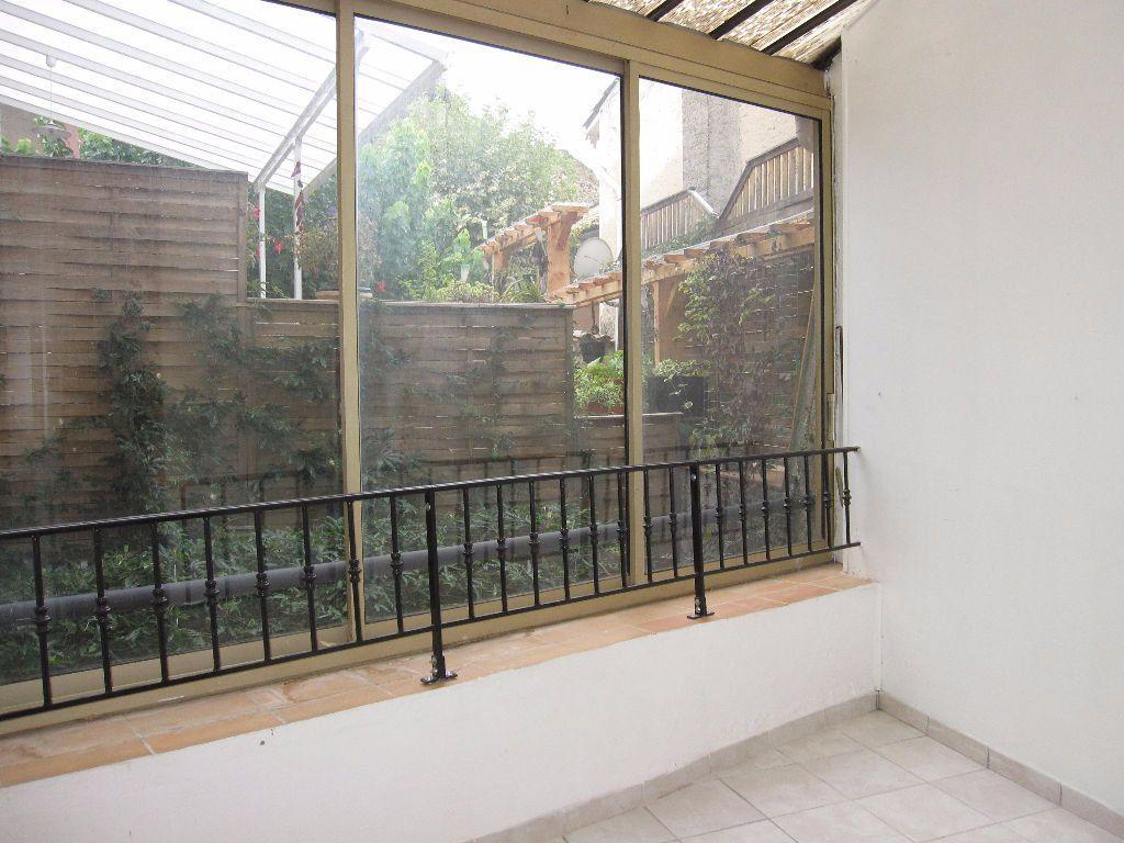 Appartement à louer 3 46m2 à Les Mées vignette-2