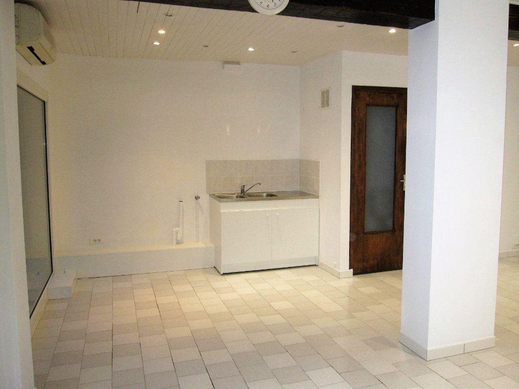 Appartement à vendre 1 34m2 à Château-Arnoux-Saint-Auban vignette-4