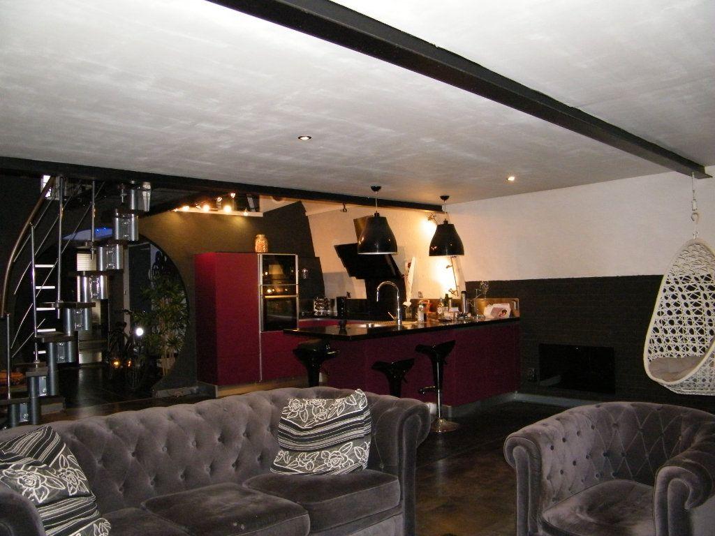 Appartement à vendre 2 91.6m2 à Digne-les-Bains vignette-2