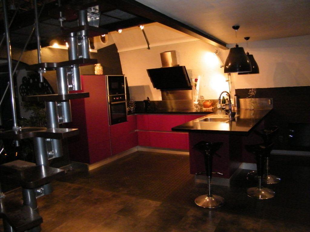 Appartement à vendre 2 91.6m2 à Digne-les-Bains vignette-8