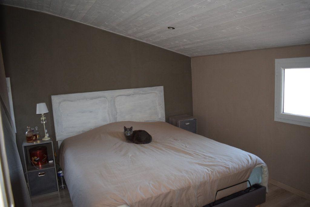 Maison à vendre 5 101m2 à Mallefougasse-Augès vignette-3