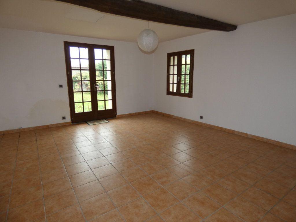 Maison à vendre 8 245m2 à Essômes-sur-Marne vignette-6
