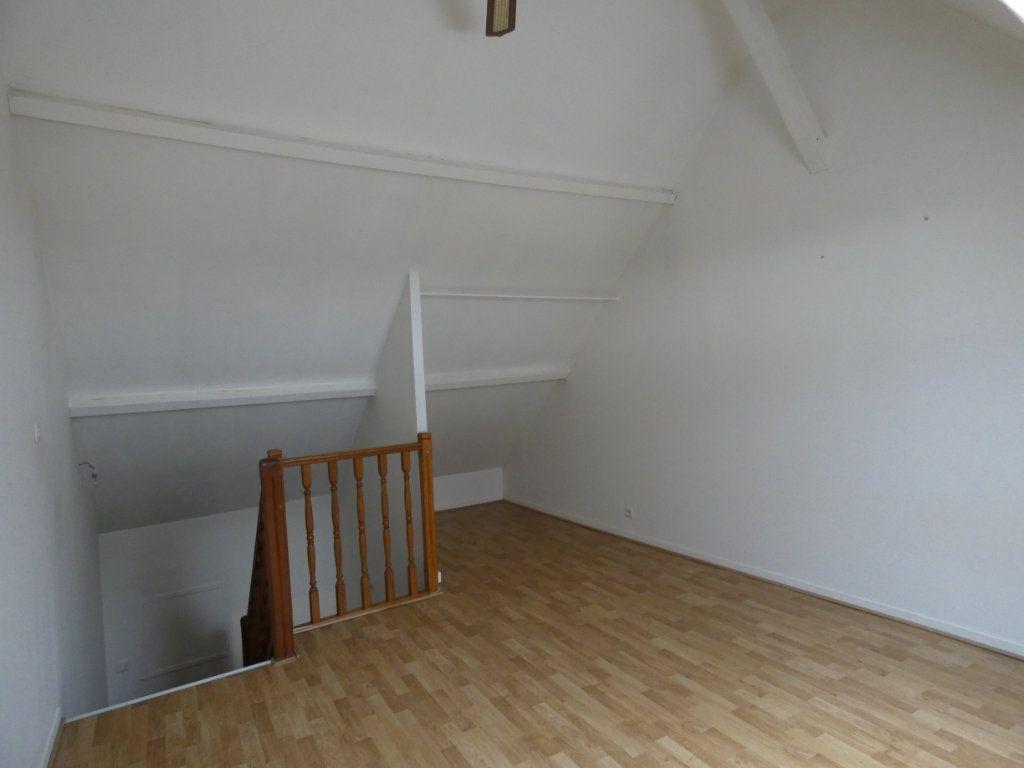 Appartement à louer 2 48.35m2 à Château-Thierry vignette-5