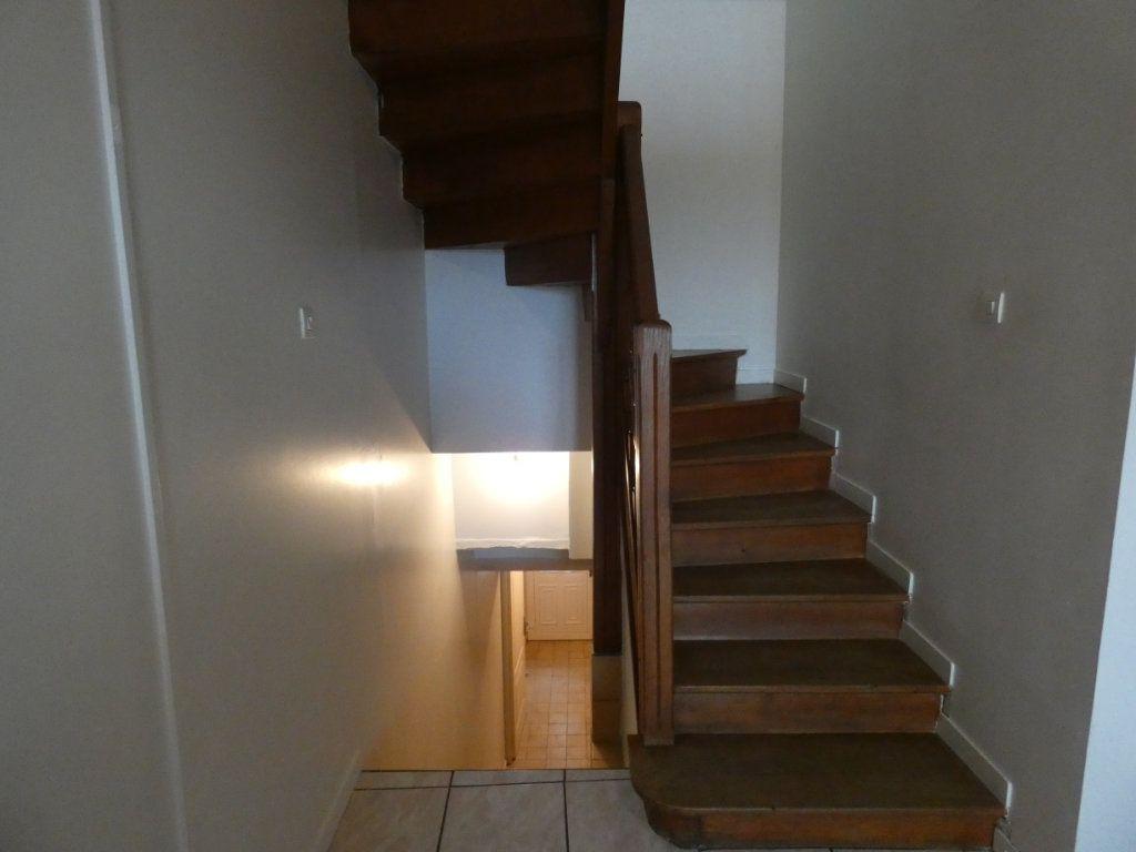 Appartement à louer 2 48.35m2 à Château-Thierry vignette-7