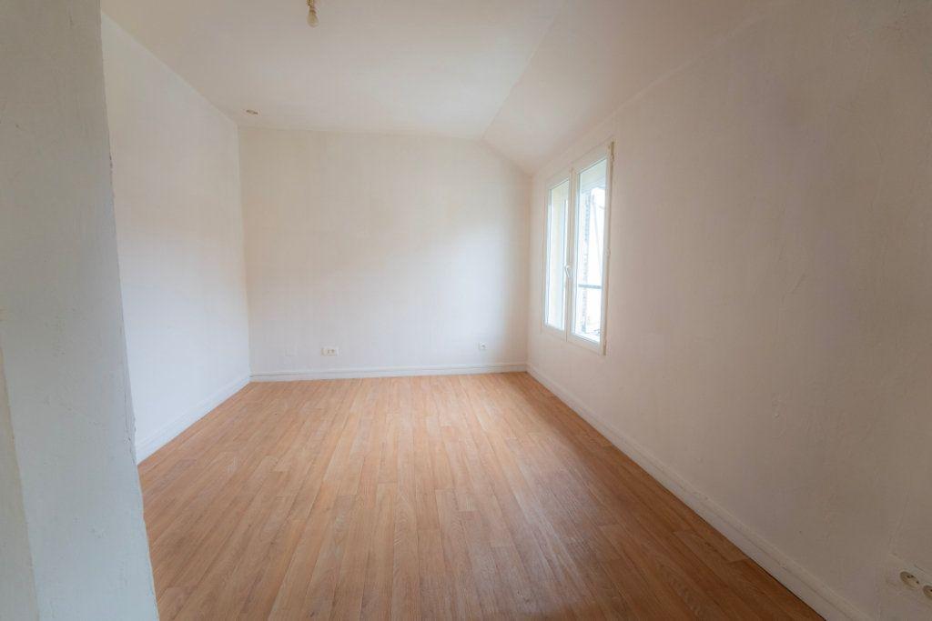 Appartement à louer 3 39.06m2 à Nogent-l'Artaud vignette-4