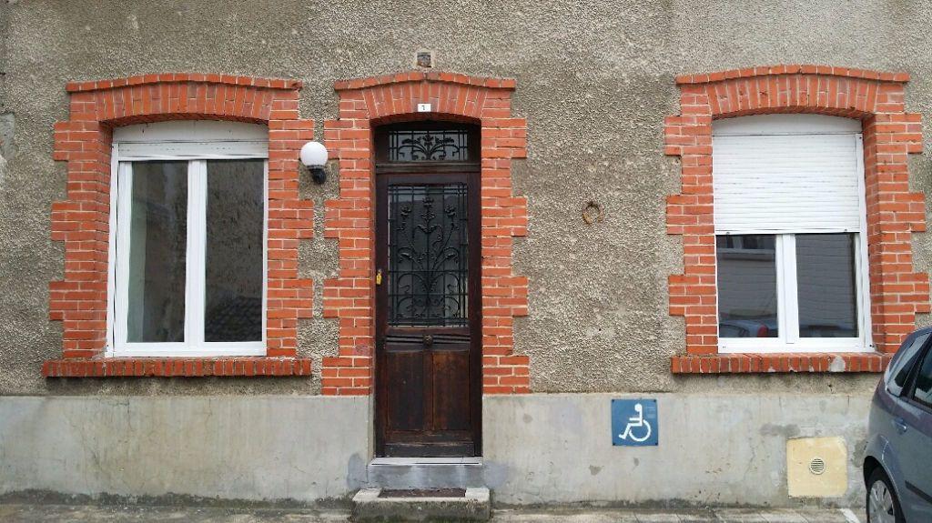 Appartement à louer 2 63m2 à Gland vignette-3