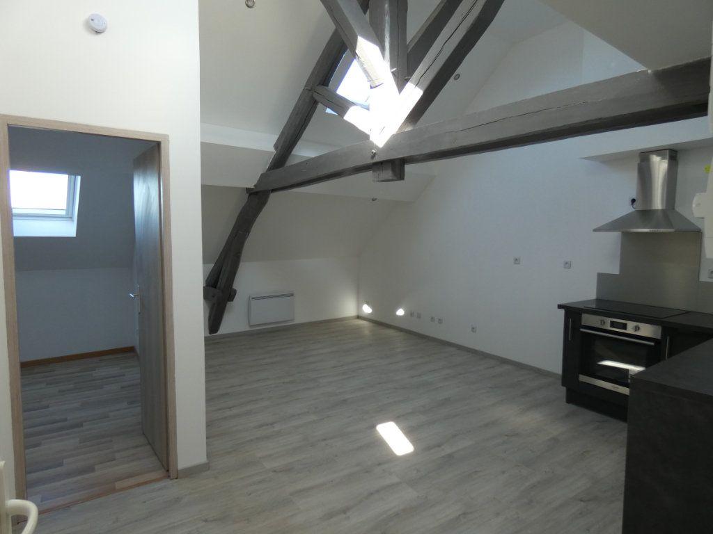 Appartement à louer 2 32.77m2 à Nogentel vignette-1