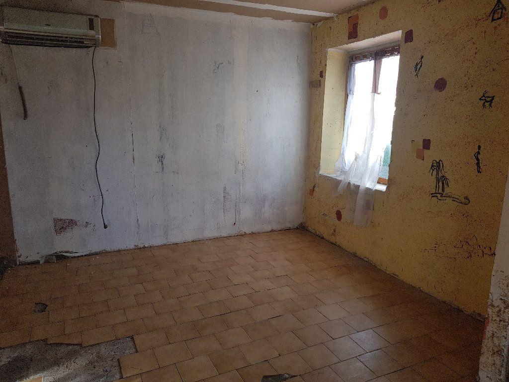 Maison à vendre 4 110m2 à Neuilly-Saint-Front vignette-3