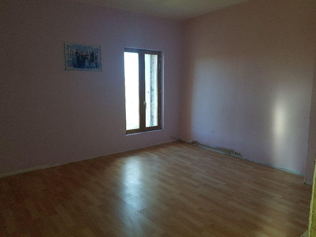 Maison à vendre 4 110m2 à Neuilly-Saint-Front vignette-6