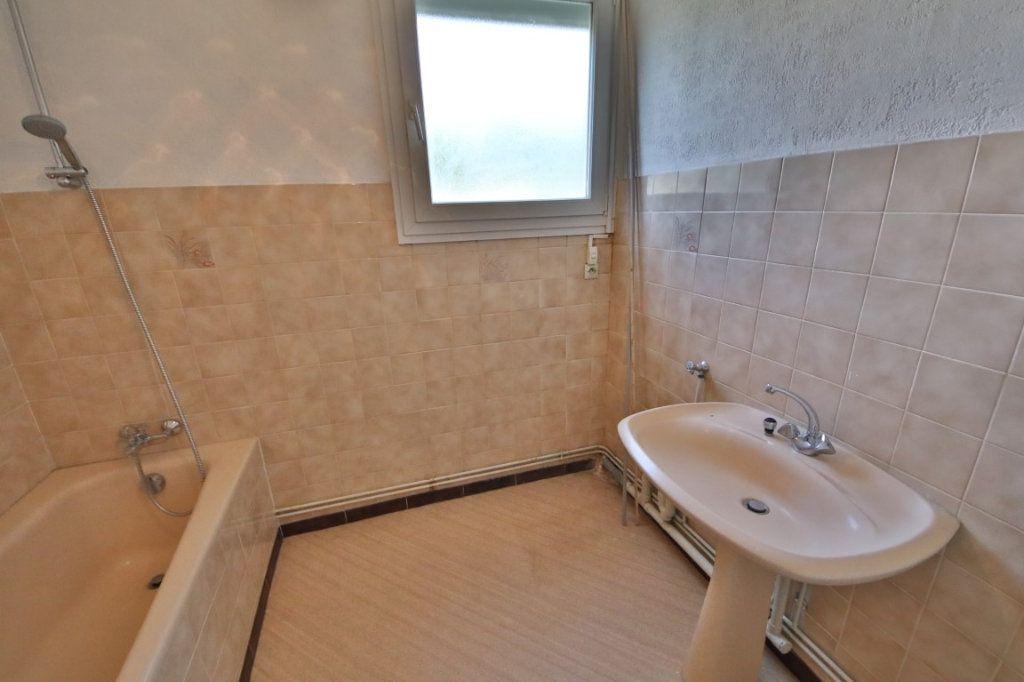 Appartement à vendre 4 65m2 à Étampes-sur-Marne vignette-5