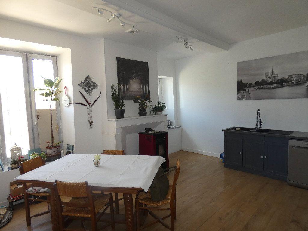 Maison à vendre 5 183m2 à Crouy-sur-Ourcq vignette-2