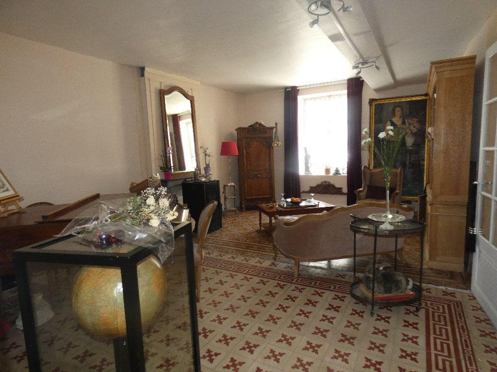 Maison à vendre 5 183m2 à Crouy-sur-Ourcq vignette-5