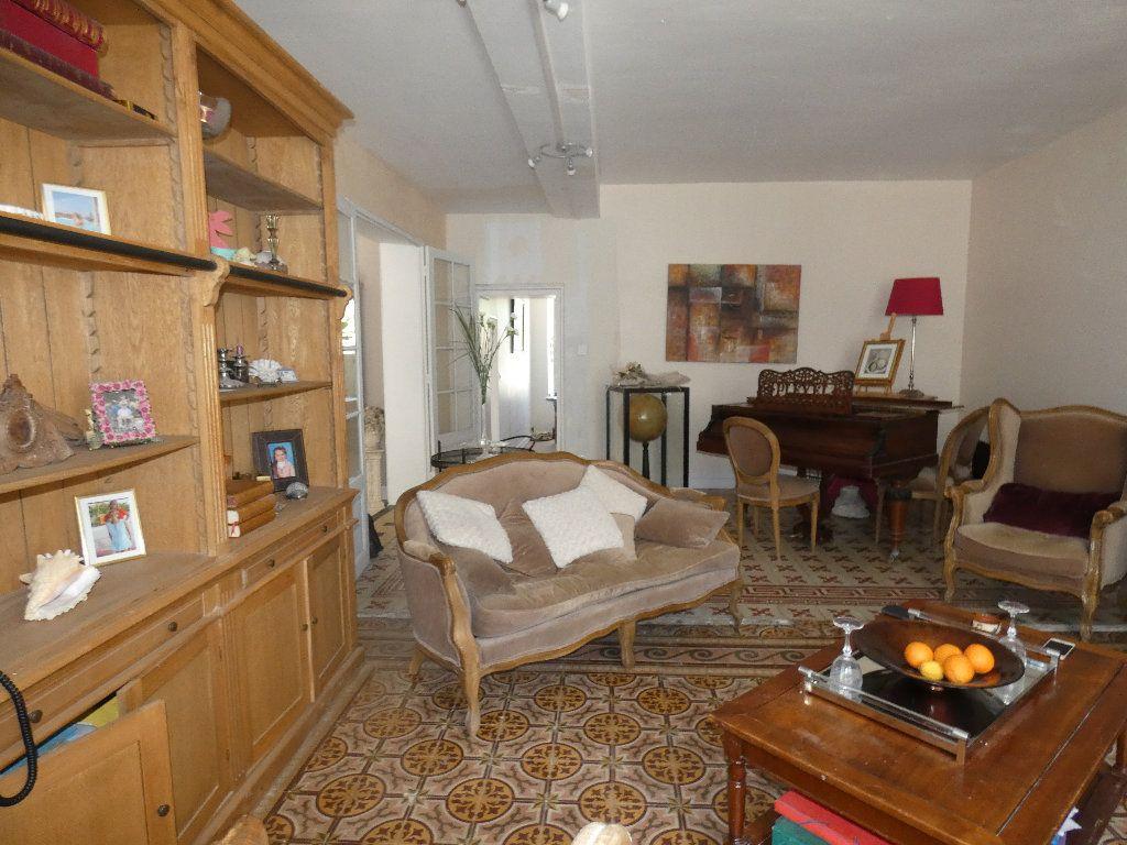 Maison à vendre 5 183m2 à Crouy-sur-Ourcq vignette-8