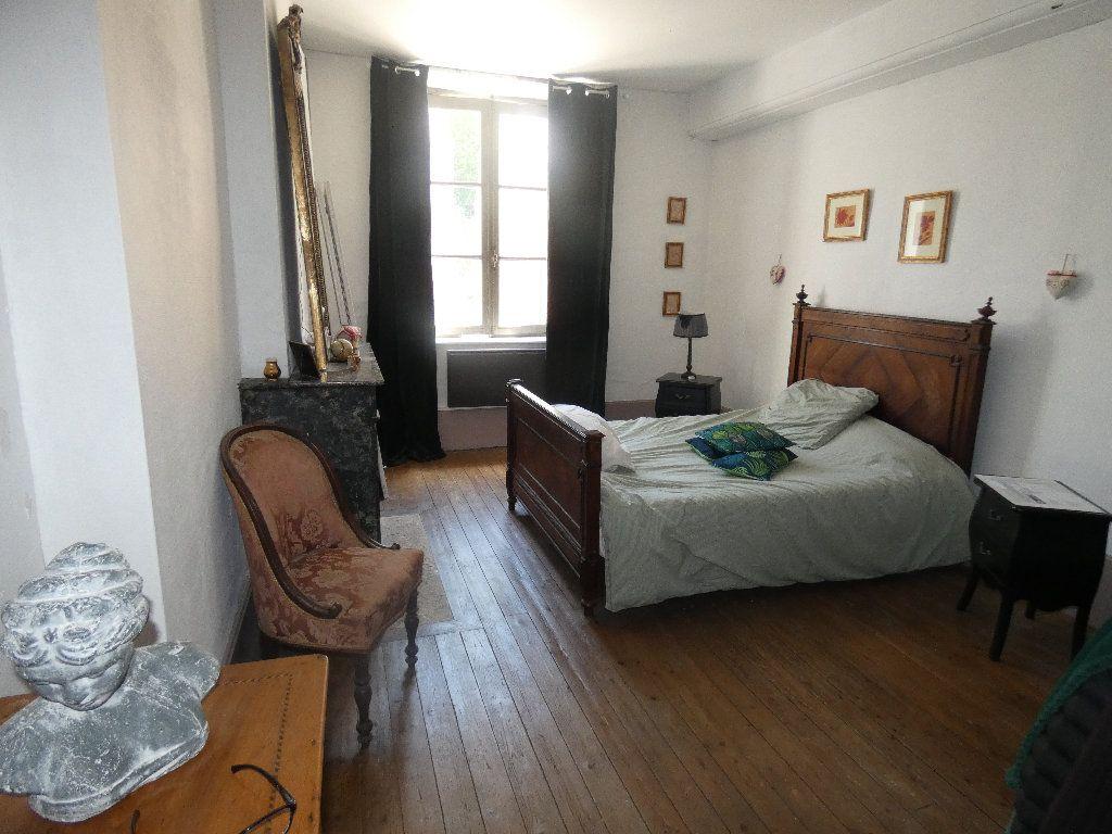 Maison à vendre 5 183m2 à Crouy-sur-Ourcq vignette-13
