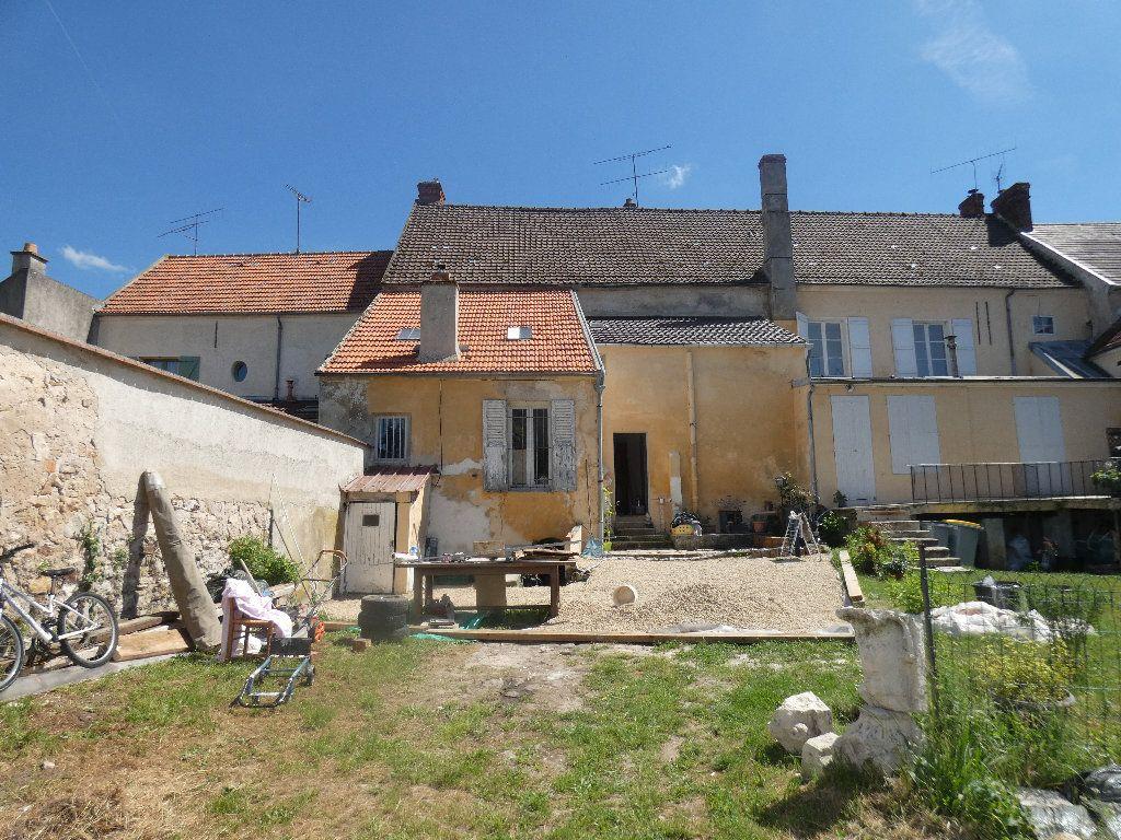 Maison à vendre 5 183m2 à Crouy-sur-Ourcq vignette-15
