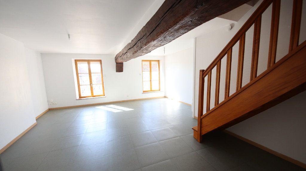 Appartement à louer 3 44.8m2 à Charly-sur-Marne vignette-1