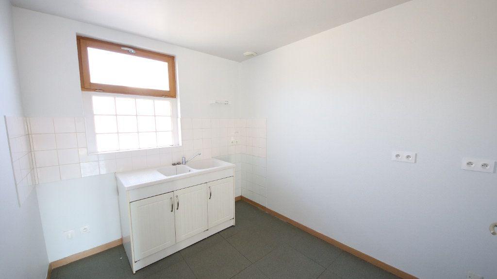 Appartement à louer 3 44.8m2 à Charly-sur-Marne vignette-3