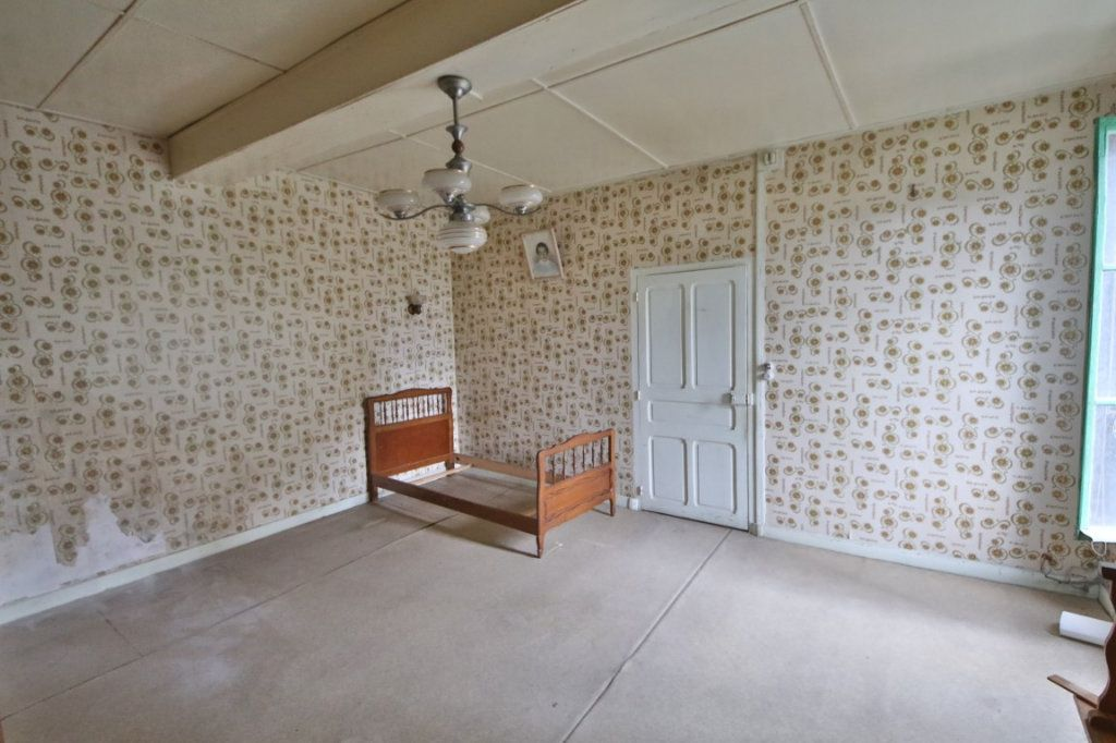 Maison à vendre 5 155m2 à Courtemont-Varennes vignette-2