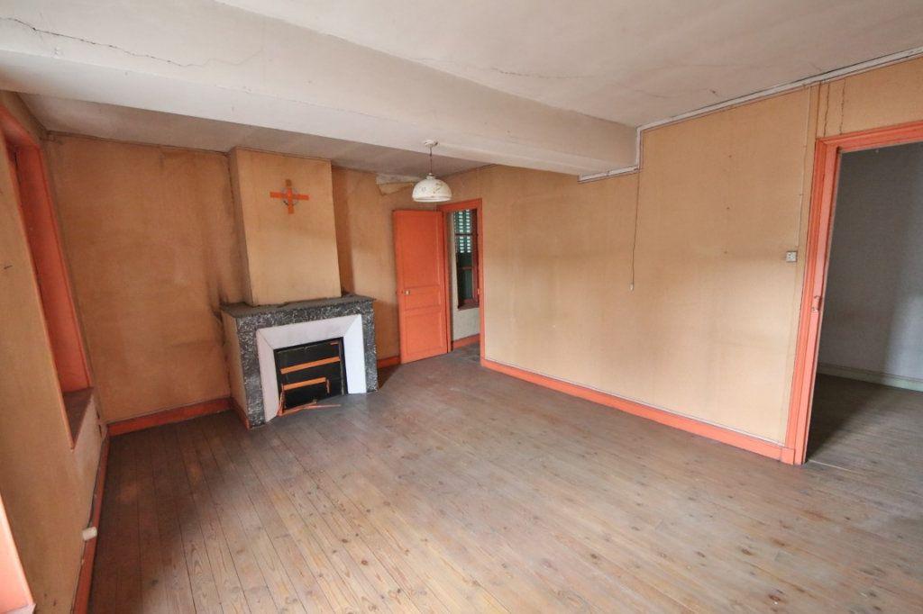 Maison à vendre 5 155m2 à Courtemont-Varennes vignette-4